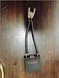 供應5GE752R3A碳刷,批發價260/個,【質量保障】